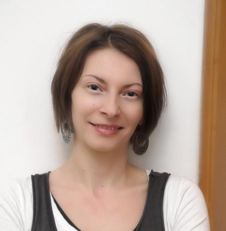Ana Hofman-photo(1) (588x600)