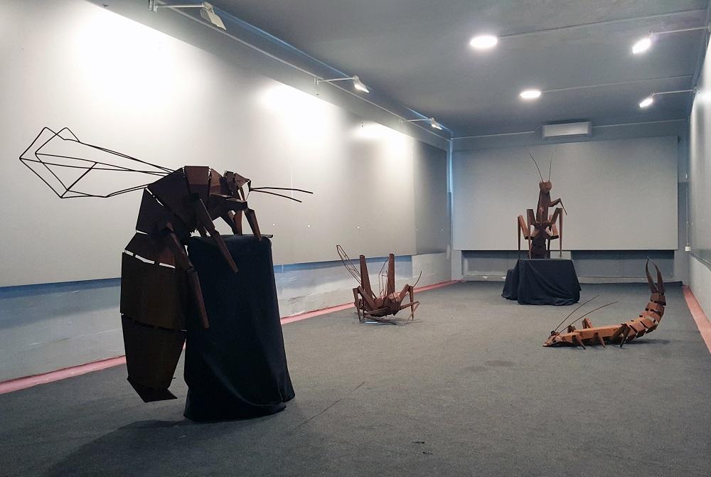 Tripartitna izložba Mije Knežević, Nicol Načinović i Josipe Beljak u DKC-u Lamparna