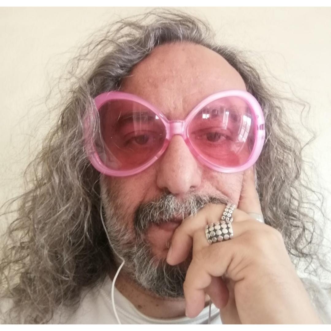 La nuova biografia di Michele Monina